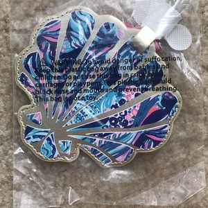 New in packaging Lilly Pulitzer luggage tag